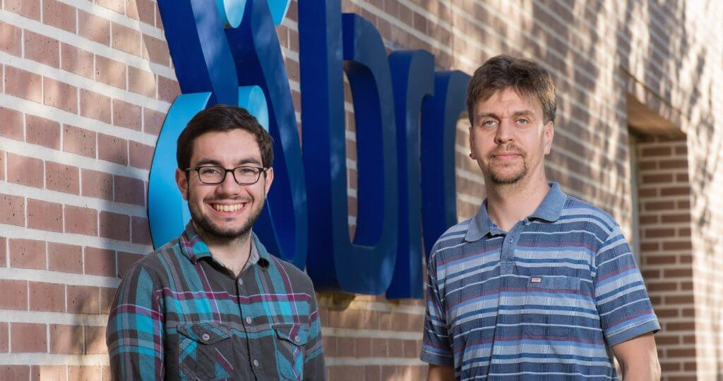 Rice senior Joao Ascensao, left, and bioengineer Oleg Igoshin led a team to reveal hidden details about gene-expression dynamics using the bacteria that causes tuberculosis as a test model.