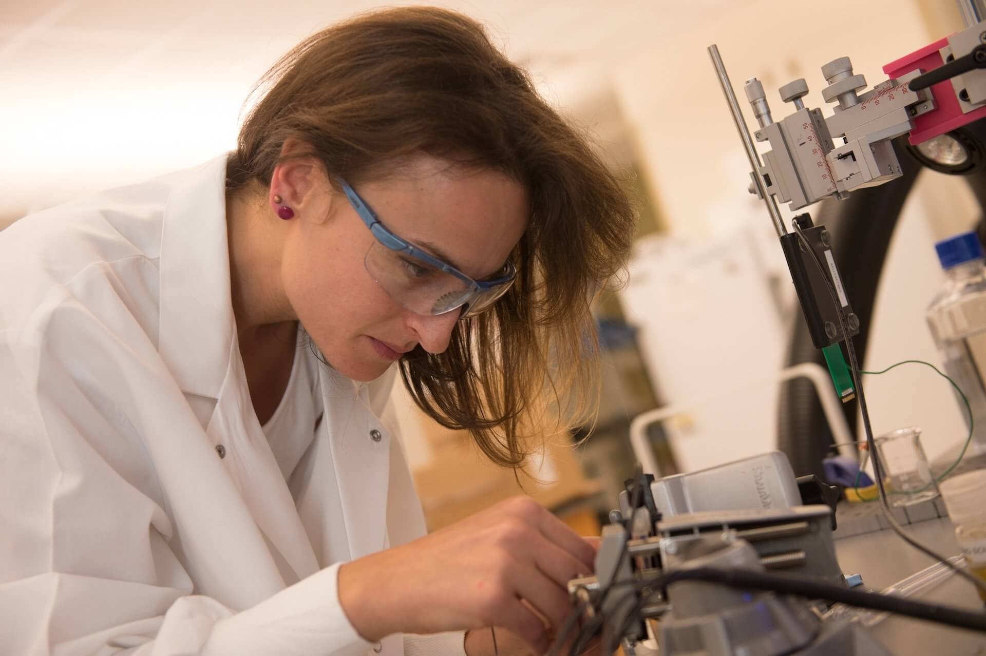 Flavia Vitale, a postdoctoral researcher at Rice, prepares carbon nanotube fibers for testing. (Credit: Jeff Fitlow/Rice University)
