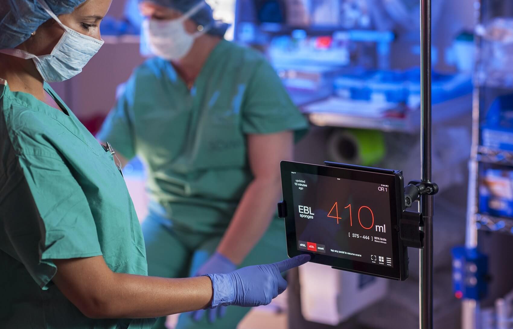 Triton's interface monitors and displays rapid, intraoperative estimated blood loss (EBL) in milliliters.
