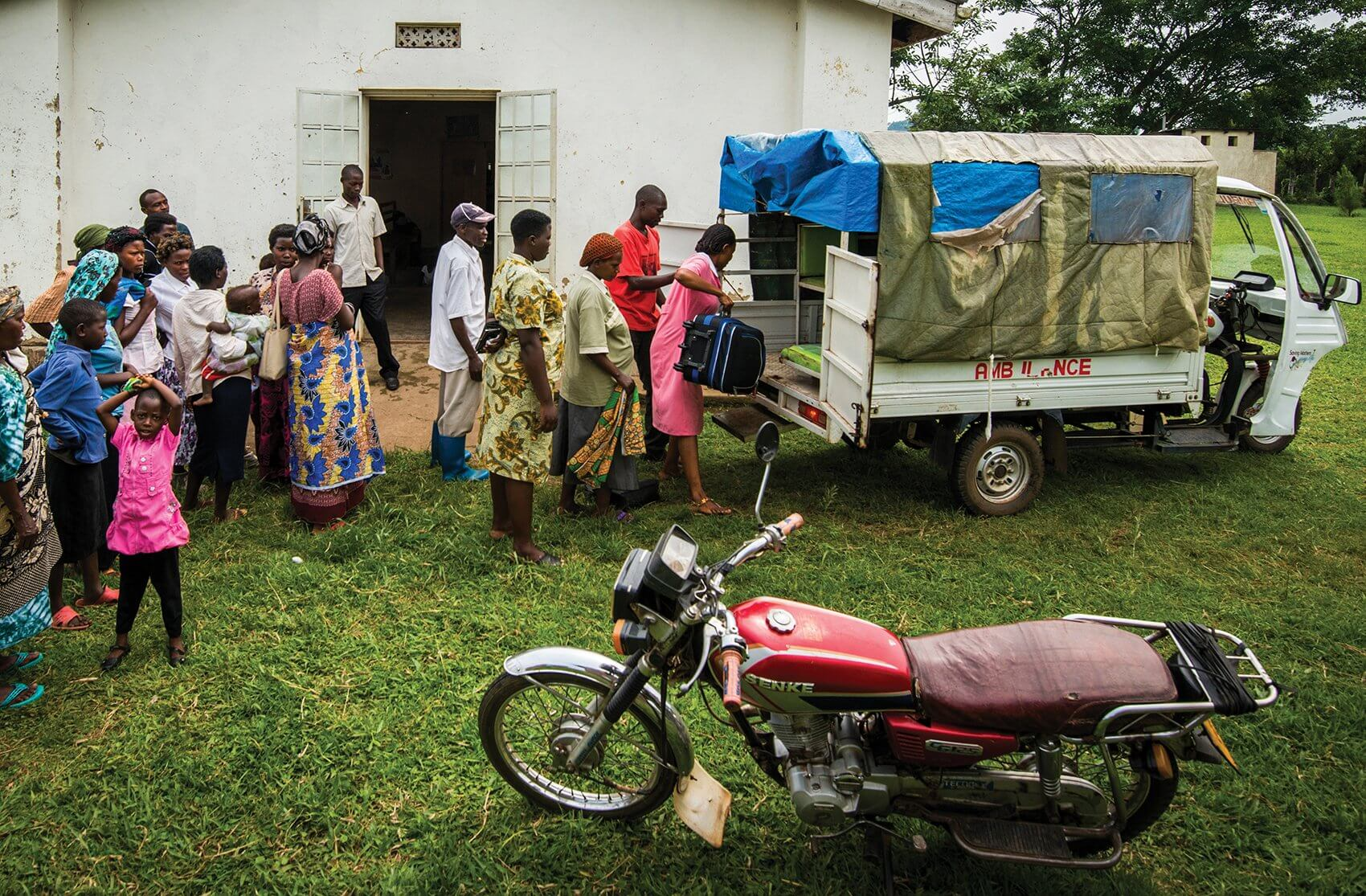 An ambulance is prepared to transport complicated cases from a Ugandan village. (Credit: Smiley Pool)
