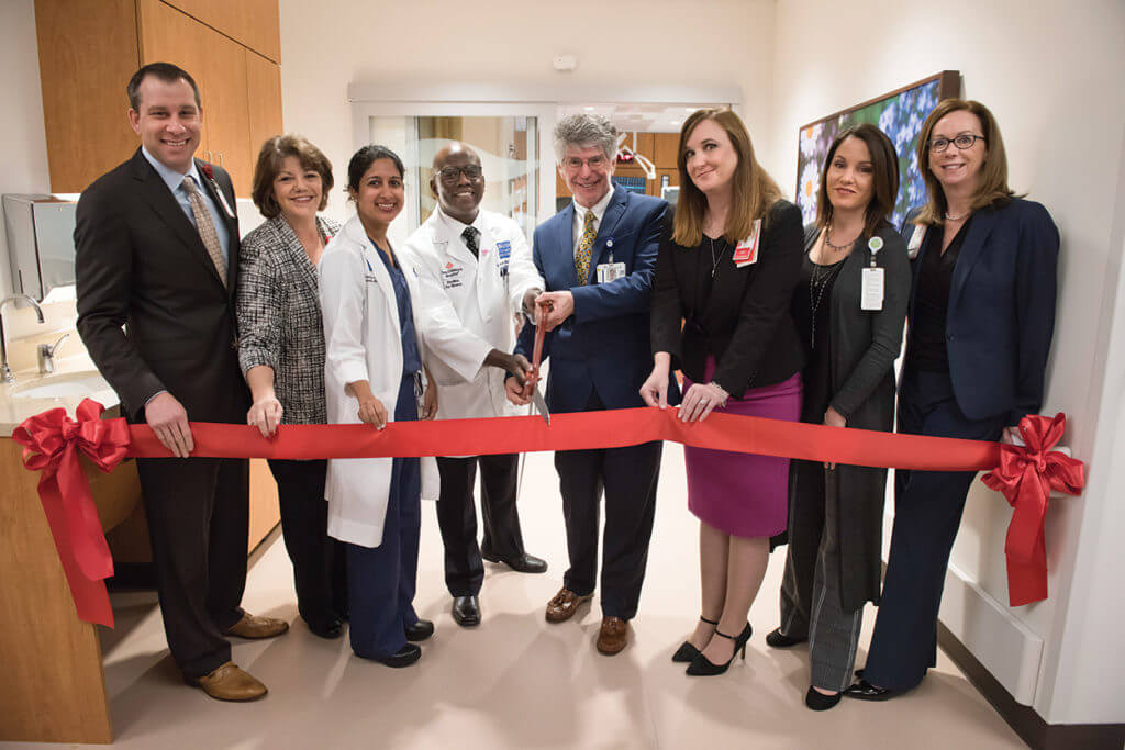 2K19-0033_PVK_1146 PFW Maternal ICU ribbon cutting[1]