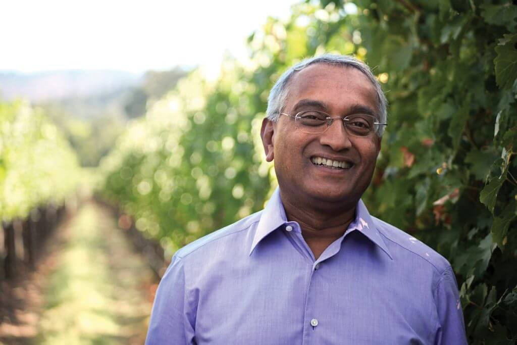 Dr Revana in Vineyard (3)