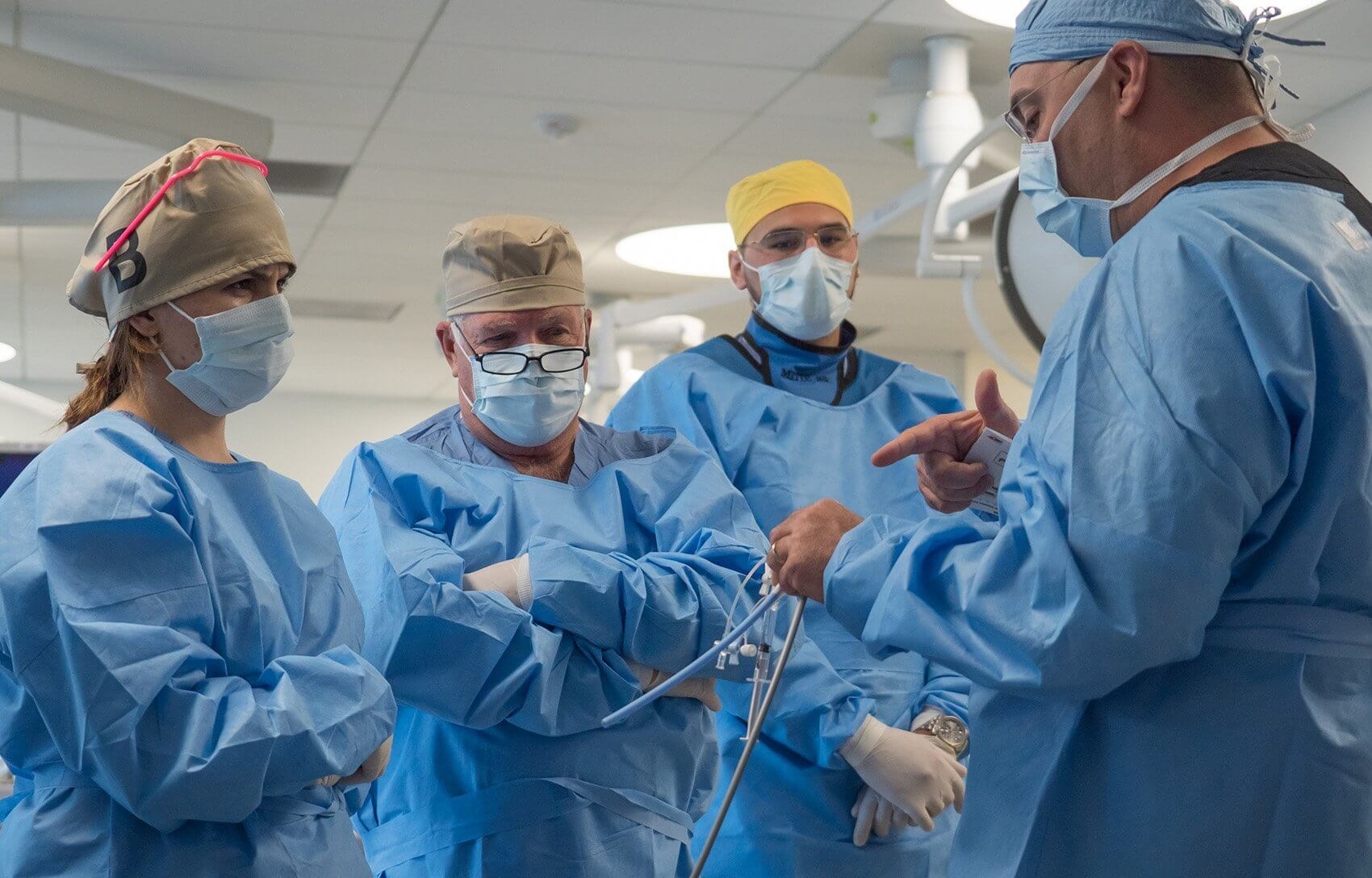 While heart surgeons have traditionally relied on open procedures, training in these minimally invasive techniques is important to better serve patients and improve outcomes.