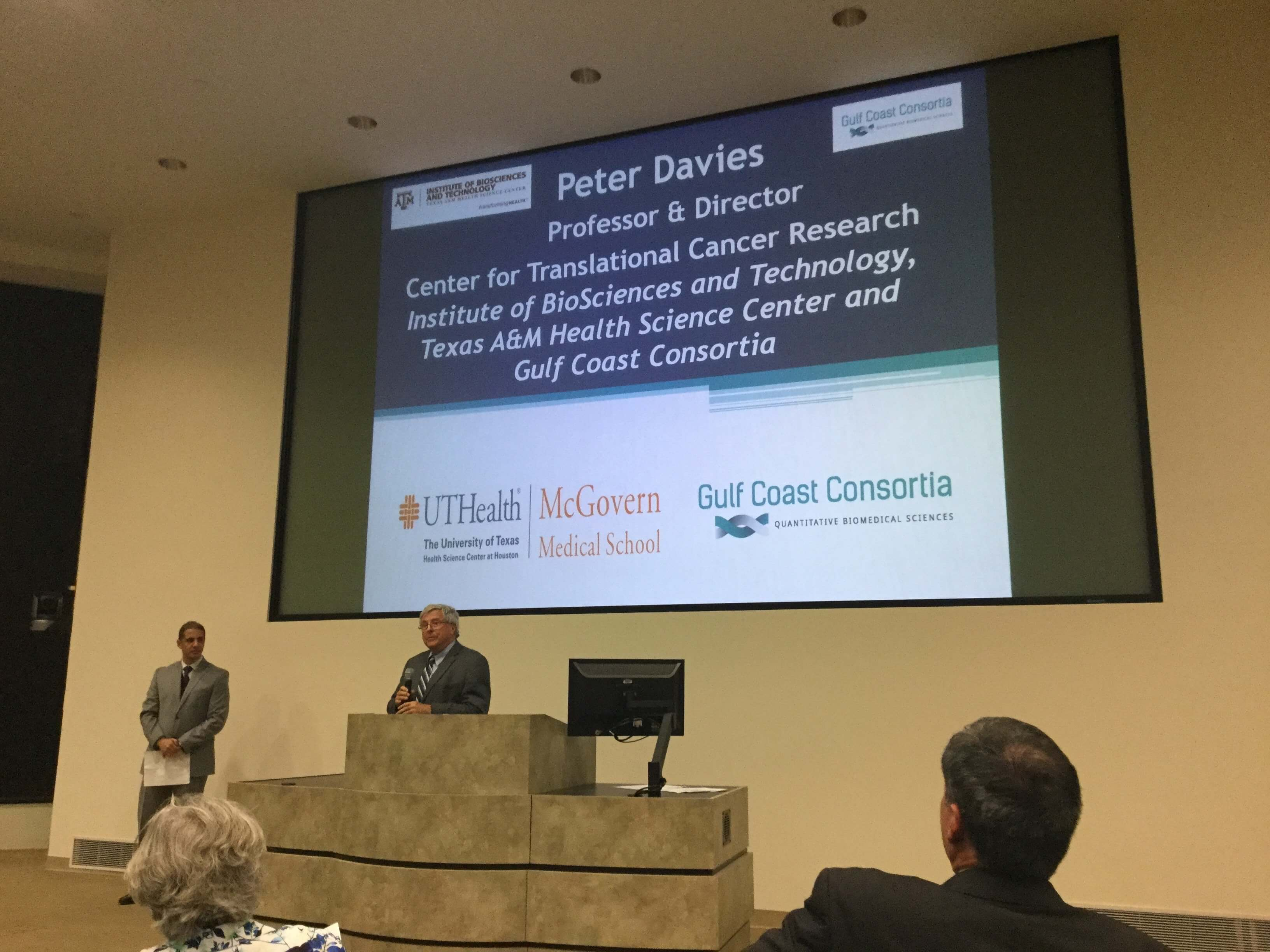 Peter Davies, M.D., Ph.D., professor and director of the Center for Translational Cancer Research Institute of BioSciences and Technology at Texas A&M University Health Science Center and Gulf Coast Consortia, thanks Arias for leading CARMiG.