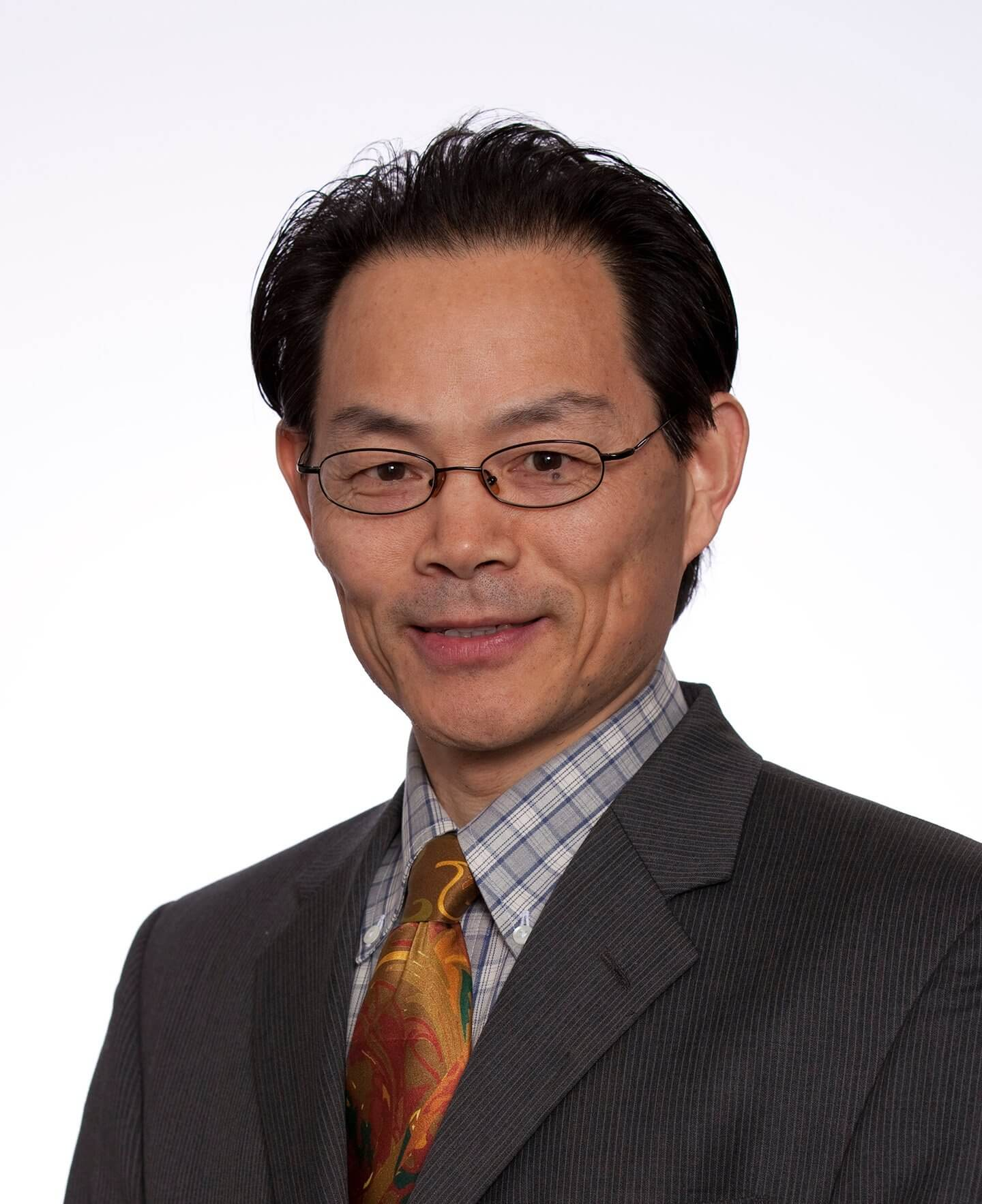 Xian C. Li, M.D., Ph.D., director of the Immunobiology & Transplant Science Center at Houston Methodist Research Institute.