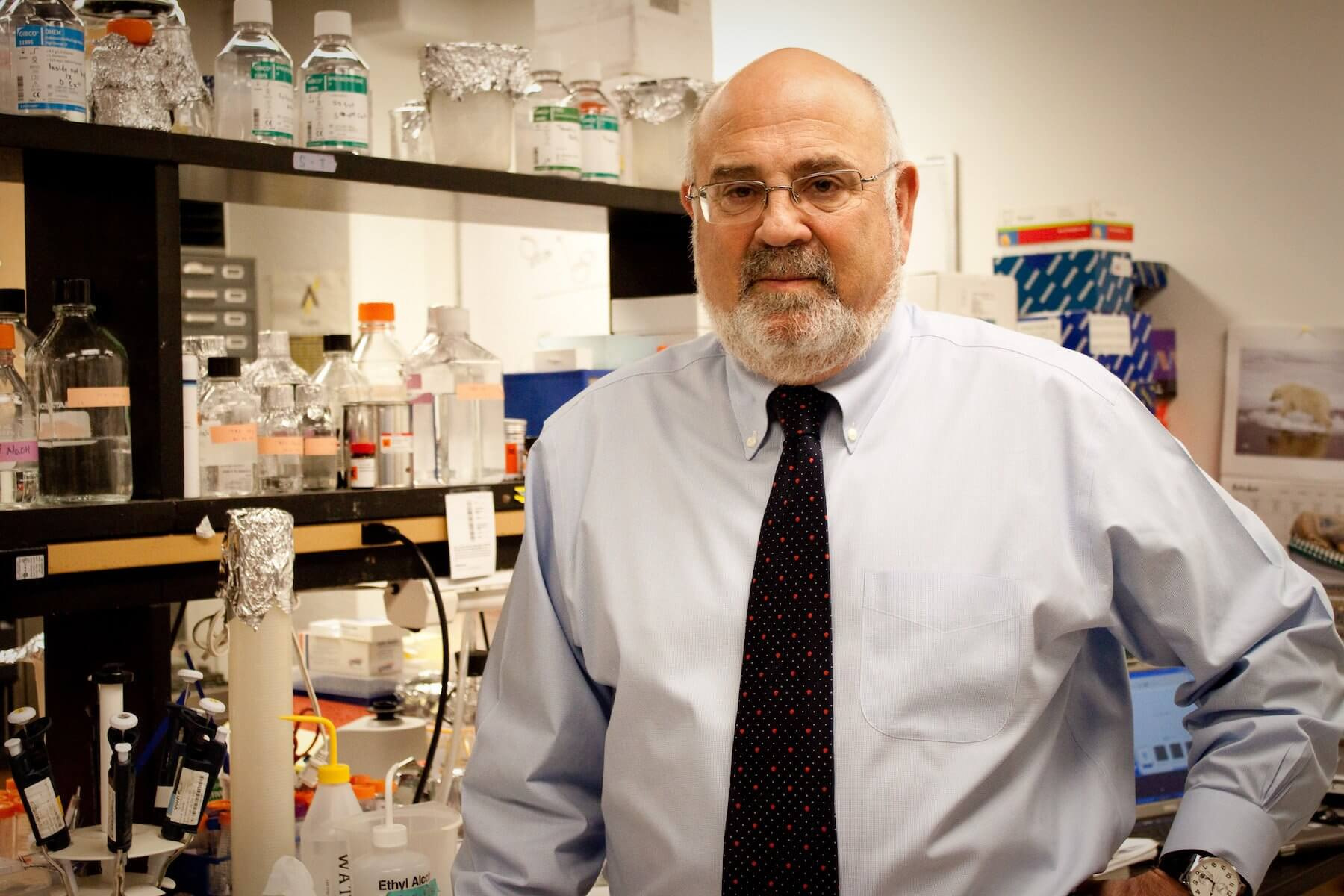 Robert Schwartz, Ph.D., Cullen Distinguished Professor of Biochemistry and the head of the Stem Cell Engineering Laboratory at Texas Heart Institute.
