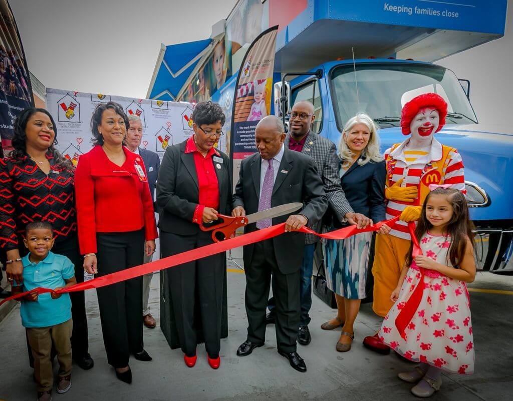 Stephanie Oliver Parrish, Michelle Riley-Brown, Mary Redmond, Sylvester Turner, Larry Green, Karla Cisneros and Ronald McDonald_Photo by Joel Luks