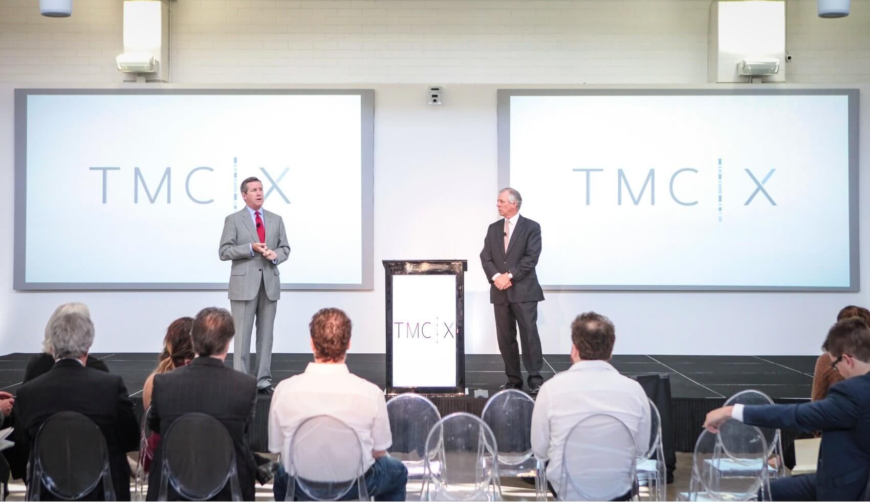 From left: William F. McKeon, Texas Medical Center chief operating officer, and Robert C. Robbins, M.D., Texas Medical Center president and chief executive officer introduce new accelerator TMCx (Credit: Nick de la Torre)