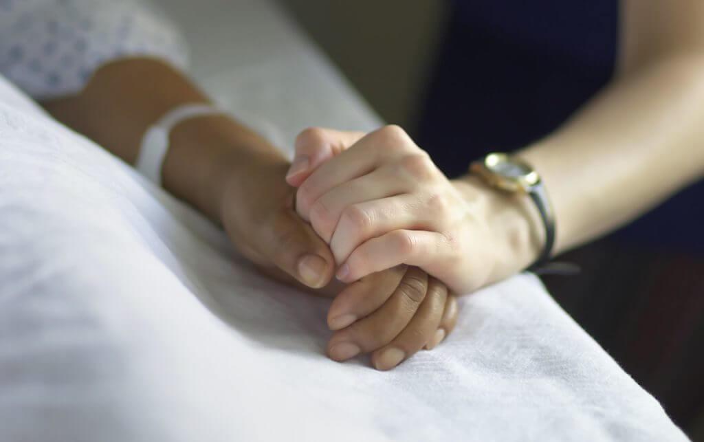 alzheimers hands featured