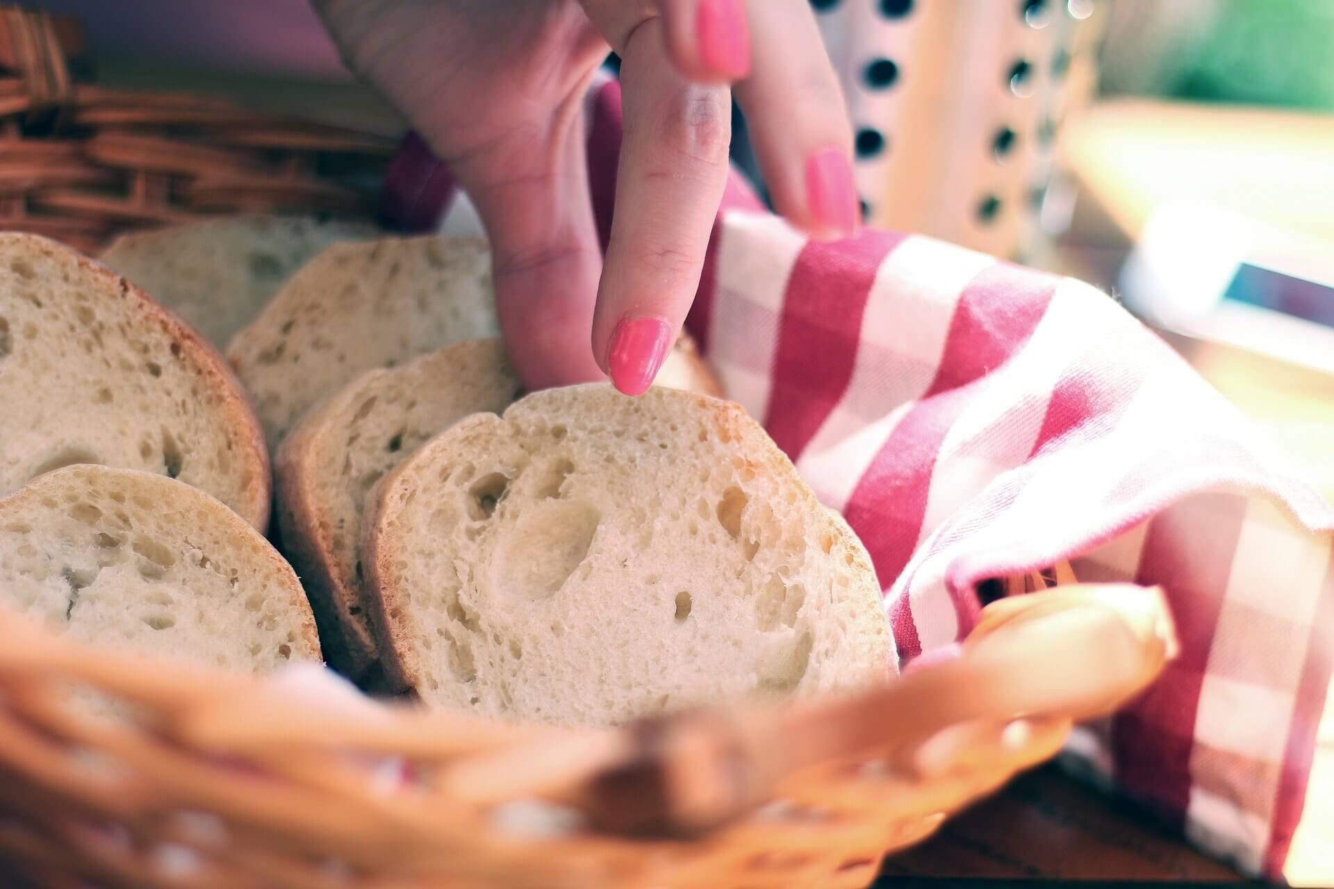 bread-410318_1920