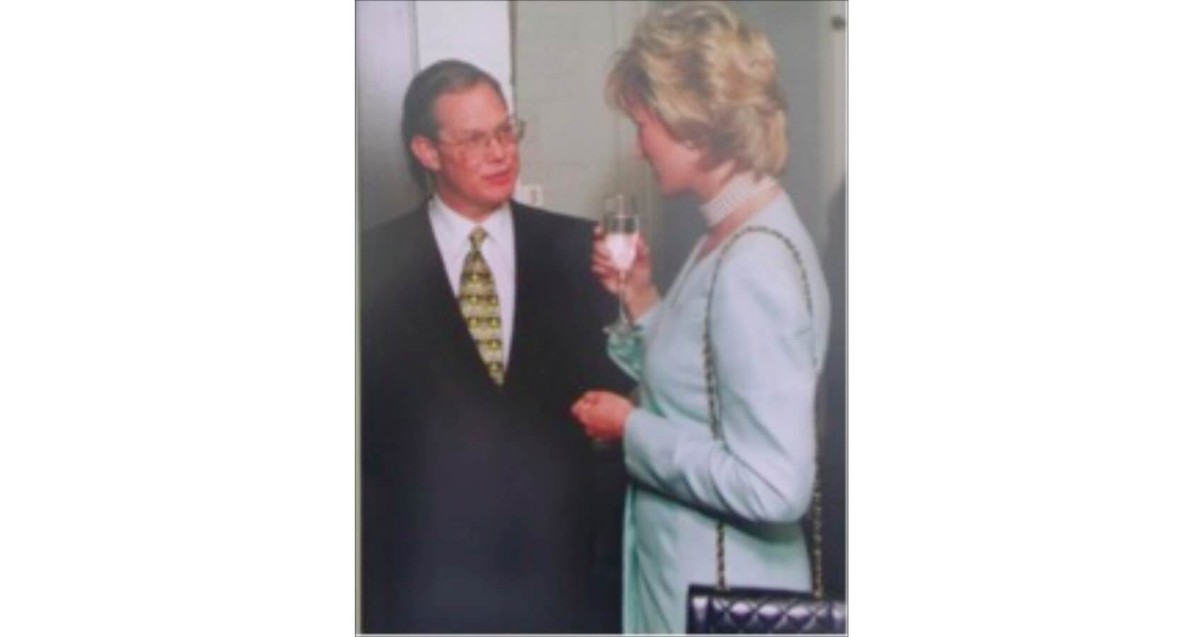 Jordan meets Princess Diana during her 1996 visit to Chicago