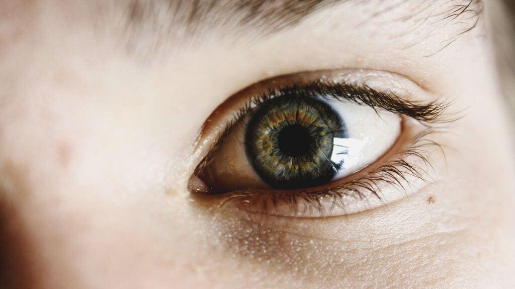 eyes-1149968_1920
