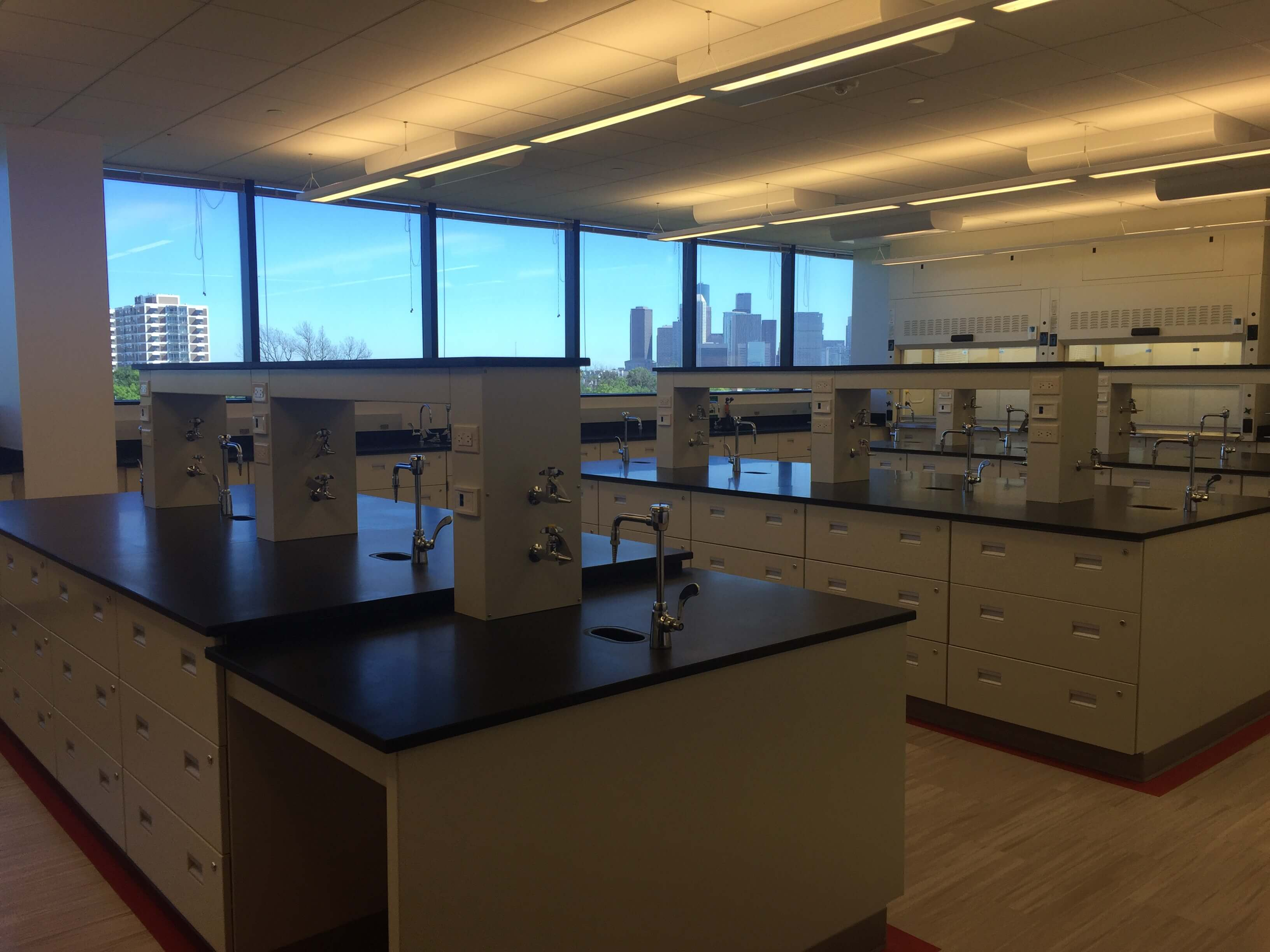 Chemistry lab at the new Center for Science and Health Professions.