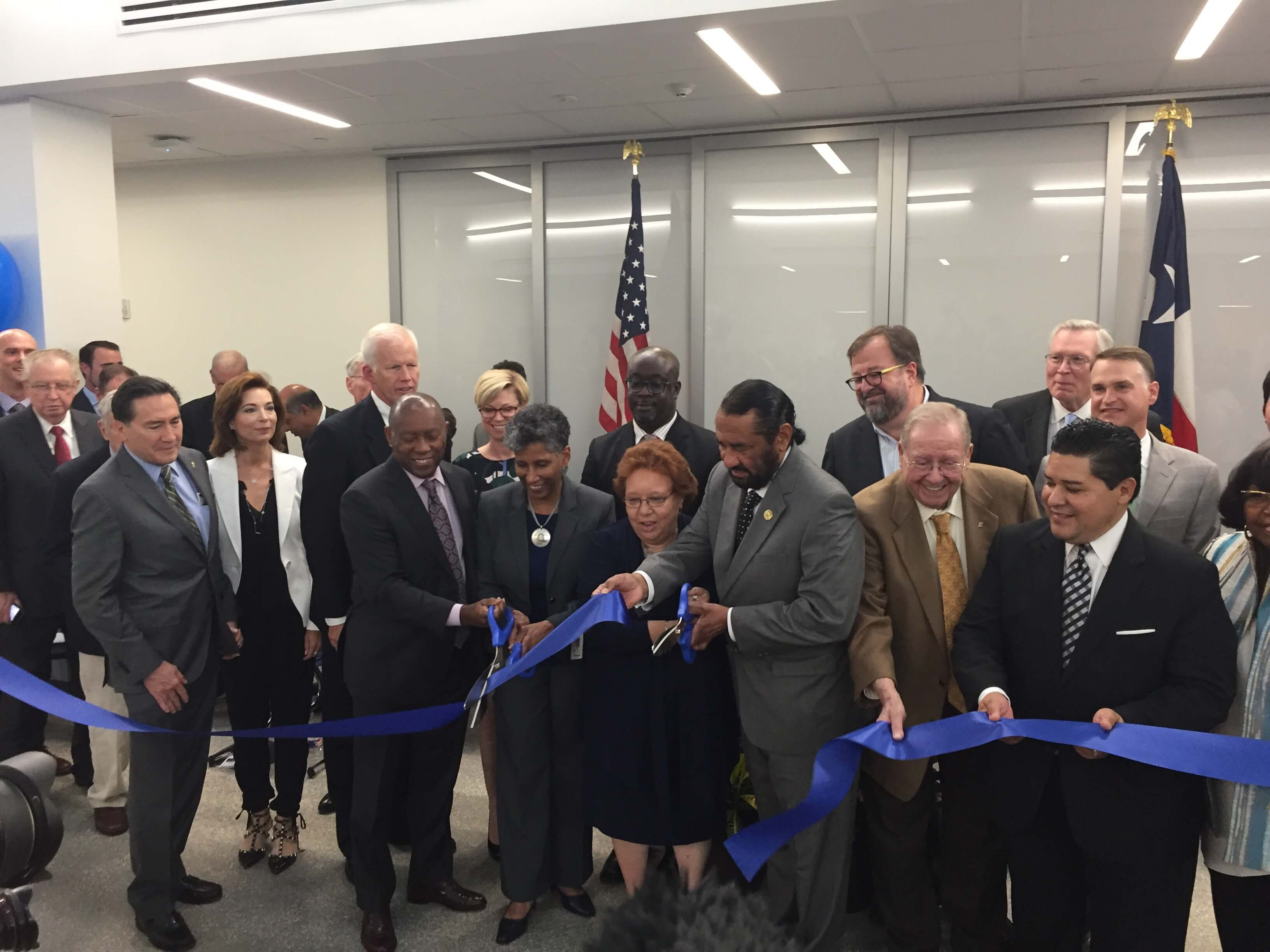 Mayor Sylvester Turner and Congressman Al Green join Principal Perry and Texas Medical Center leaders cutting the ribbon on the new building.