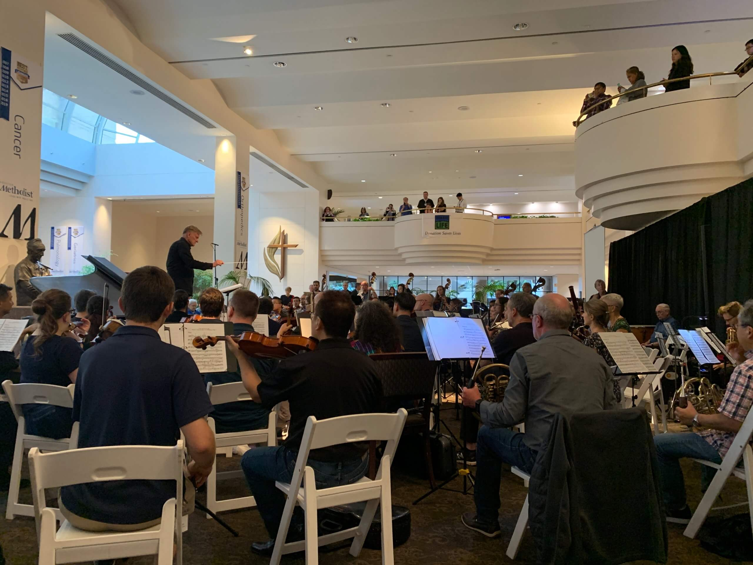 Houston Methodist patients and visitors filled Crain Garden to hear the physician-musicians perform.
