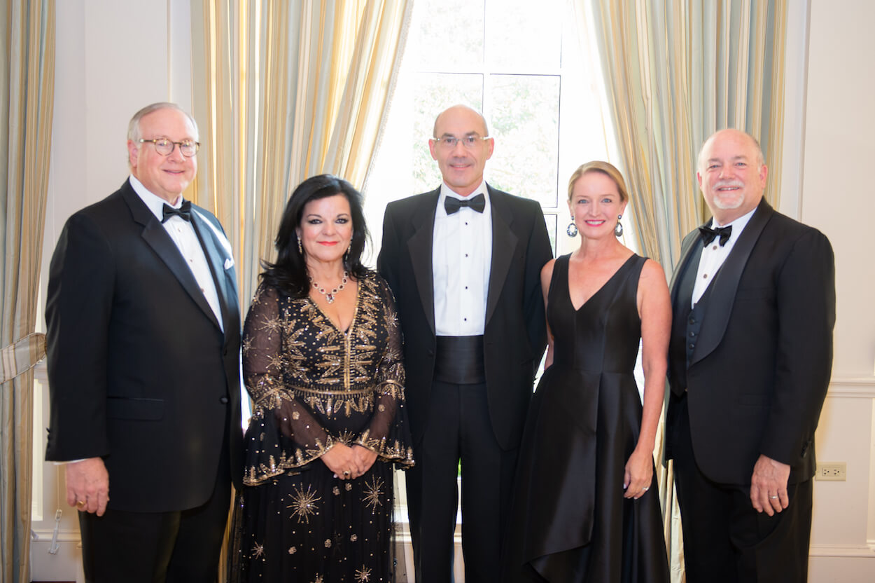 Gala co-chairs J. Downey Bridgwater and Kerri Bridgwater; and Katherine Parsley and Brian Parsley, M.D., flank John Arcidiacono, President and CEO of The Health Museum.