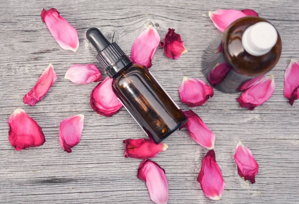 essential-oils-2535611_1920